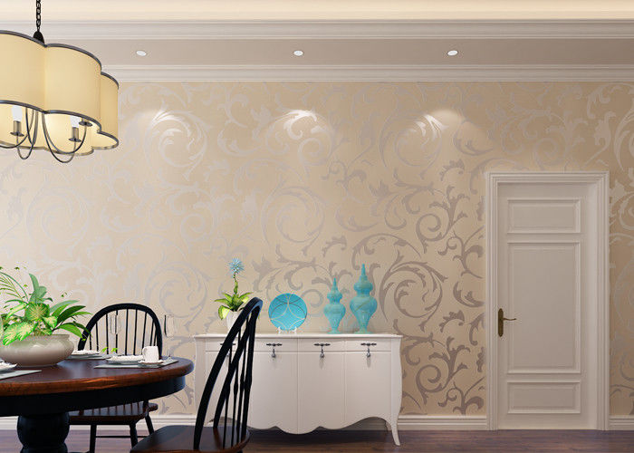 Removable Embossed Vinyl Wallpaper for Living Room , Creamy White Leaf Pattern