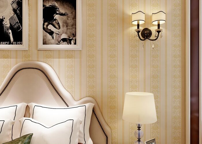 Classical Non Woven Wallpaper / Beige Damask Wallpaper For Home Decoration , Moisture Proof